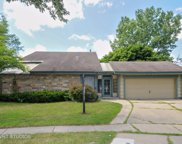 30w151 Arlington Court, Warrenville image