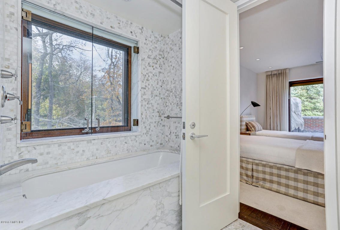 greenwich 1 Sold - 1 spring road, greenwich, ct - $2,650,000 view details, map and photos of this single family property with 4 bedrooms and 5 total baths mls# 97306.