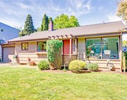3530 NE 94th St, Seattle image