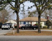 1623 Spur  Drive, Central Islip image