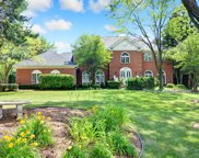 8473 Kimberly Court, Burr Ridge image