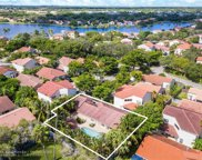 1427 Seagrape Cir, Weston image