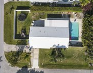 8209 SE Sweetbay Drive, Hobe Sound image