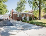 66 75Th Place, Willowbrook image