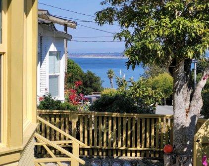 698 Dickman Ave, Monterey