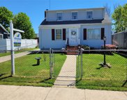 20 Lincoln  Street, Copiague image