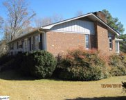 8 Knoll Circle, Greenville image