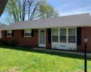 6725 Lincoln Green, Holland image