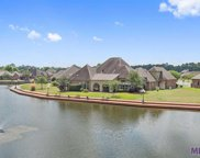 18405 Lake Stream Dr, Central image