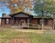 5613 Tall Oaks Ct, Louisville image