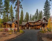 8454 Newhall Drive, Truckee image