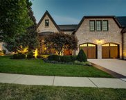 22 Bonhomme Grove  Court, Chesterfield image