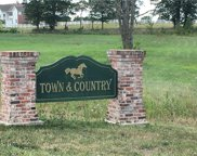 31 Town And Country, Troy image
