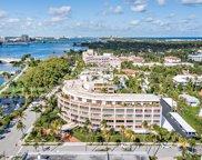 369 S Lake Drive Unit #4h, Palm Beach image