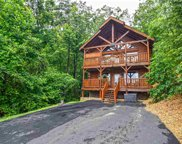 3125 Lakeview Lodge Drive, Sevierville image