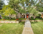 9427 Hillview Drive, Dallas image
