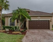 131 Sw 167th Ave, Pembroke Pines image