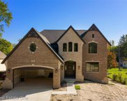 599 Curzon Rd, Rochester Hills image