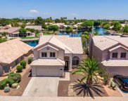 229 S Crosscreek Drive, Chandler image