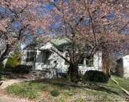 530 Greenfield  Avenue, Stratford image