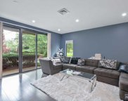 1 Carlyle Court, Teaneck image