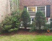 21 Glen Hollow  Drive Unit #2g, Holtsville image