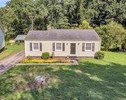 5 Foxhall Road, Greenville image