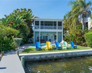 303 Bay Drive N, Bradenton Beach image