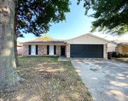 3921 Royal Crest Drive, Fort Worth image