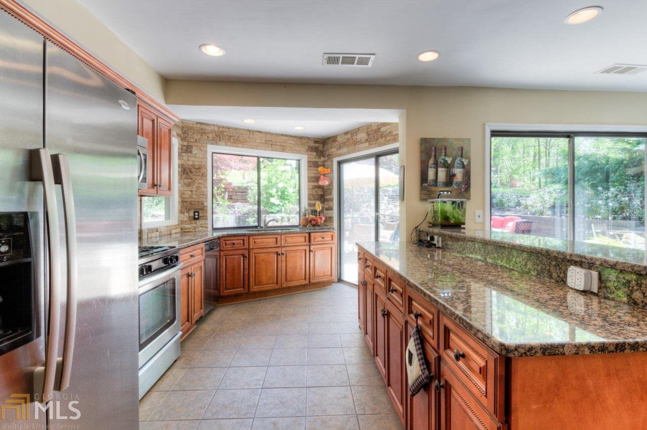 cobbs creek lesbian singles Cobbs creek, va foreclosures available in va find the best deals on the market in cobbs creek as-is deal in cobbs creek, va single-family in cobbs creek, va.