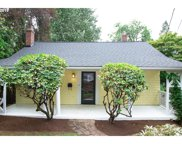 2799 SW ROSWELL  AVE, Portland image