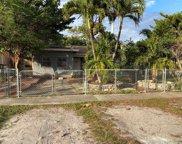 1395 Ne 157th St, North Miami Beach image