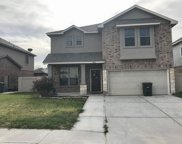 205 Washingtonia Dr, Laredo image