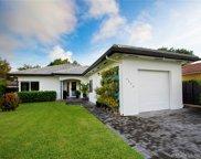 6528 Sw 27th St, Miami image