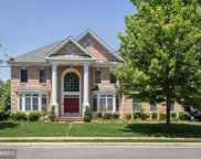 7310 BEVERLY MANOR DRIVE, Annandale image