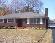 10204 Starlight Way, Louisville image