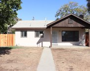 1326 Chester Pl, Bakersfield image