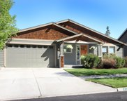 511 NW Flagline, Bend image