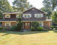 3 Country Squire C, Dix Hills image