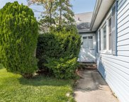 29 Robinwood Ave, Hempstead image