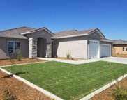 610 Rodeo, Shafter image