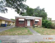 2231 Taylor St, Hollywood image