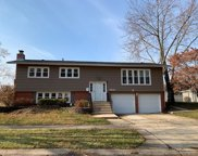 6200 Rob Roy Drive, Oak Forest image