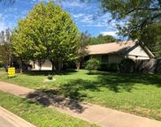1016 Red Cliff Dr, Austin image