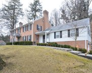 661 Canterbury Ln, Sewickley image
