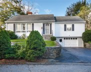 3 Simmons TER, Middletown, Rhode Island image