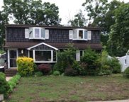988 Southern  Drive, Franklin Square image