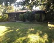 481 Revilo  Avenue, Shirley image