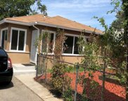 5737 CLEON Avenue, North Hollywood image