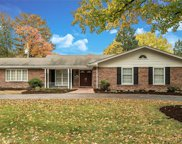 738 Country Manor, Creve Coeur image